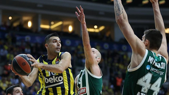 Fenerbahçe Beko play-off'u garantiledi