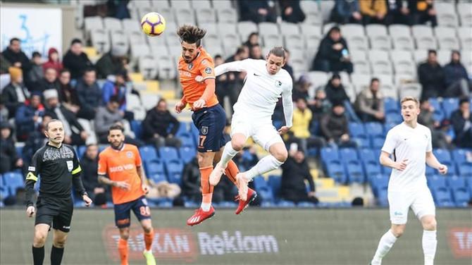 Medipol Başakşehir'in galibiyet serisi sona erdi