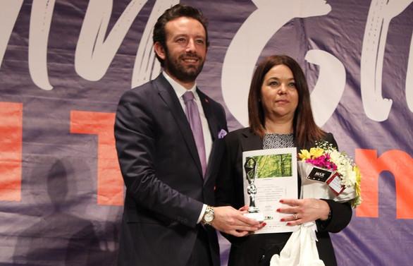 Tülay Taşkın Yılın Kadın Gazetecisi seçildi