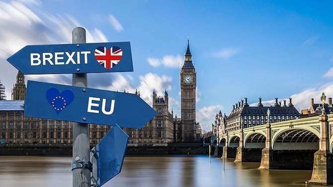 Brexit'in İngiltere'ye maliyeti: 900 milyar sterlin