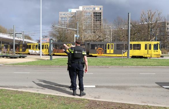 Hollanda'da tramvayda silahlı saldırı