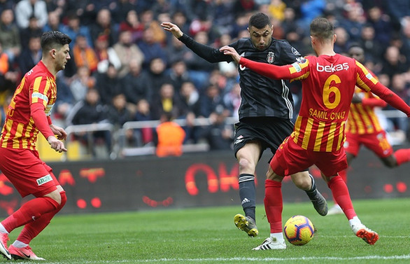 Beşiktaş 90'da beraberliği yakaladı