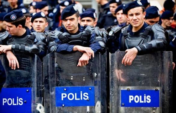 İstanbul'da bugün 14 bin polis görev yapacak