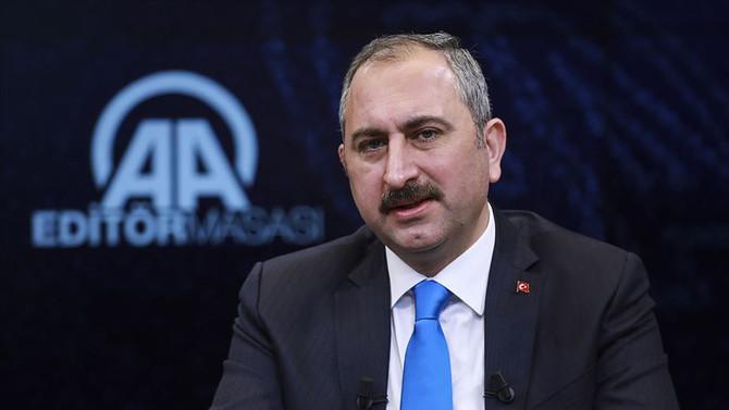 Bakan Gül: Kürtlerin oyu kimsenin cebinde değil
