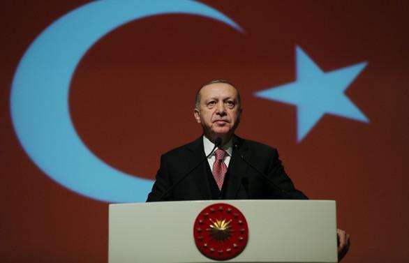 Erdoğan'dan yerli oto eleştirisi: Bizi oyalamayın, yabancıya gideriz
