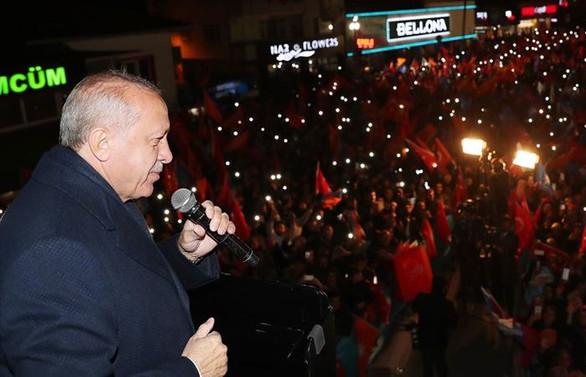 Erdoğan: Milli iradenin karşısında mum gibi olacaklar