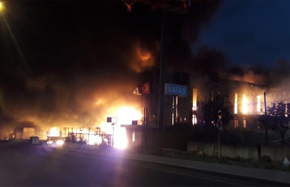 Kocaeli'de fabrika yangını