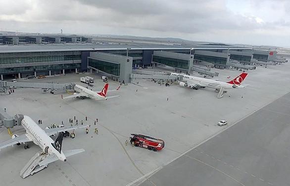 İstanbul Havalimanı'dan 302 bin 215 kişi uçtu