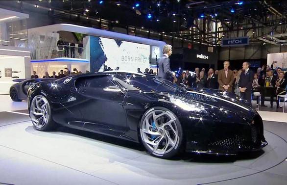 Dünyanın En Pahalısı Cenevrede Satıldı Otomotiv Haberleri