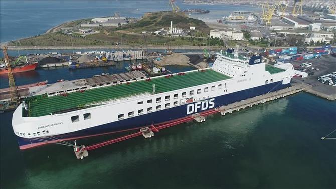 Akdeniz'in en büyük Ro-Ro gemisi Türkiye'de