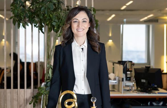 Banu İşçi Sezen'e 3. kez liderlik ödülü