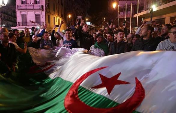 Cezayir'de seçim tarihi açıklandı