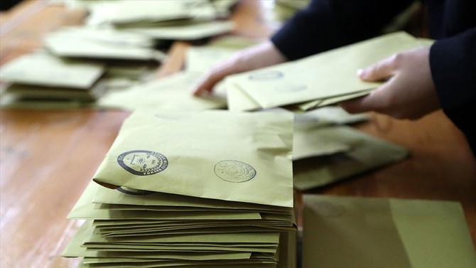 Maltepe'de oy sayımı sürüyor