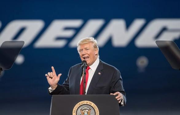 Trump'tan Boeing'e tavsiye: Yeni bir markayla piyasaya sürerdim