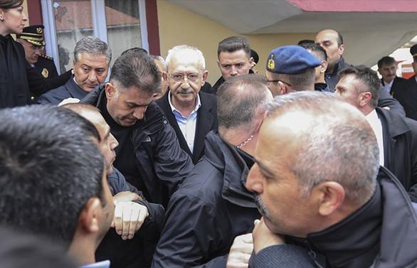Kılıçdaroğlu'na saldıran şüphelilerden 8'i serbest