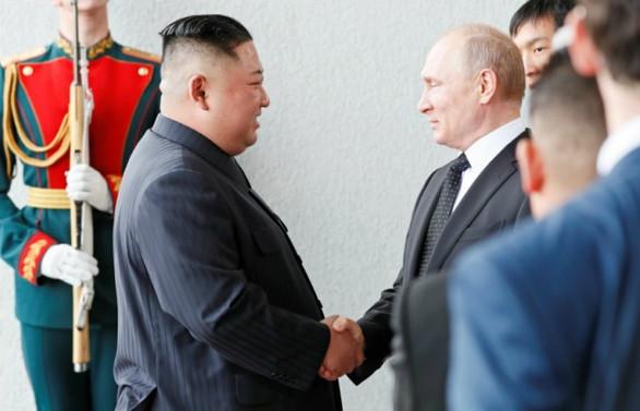 Putin ve Kim ilk kez bir arada