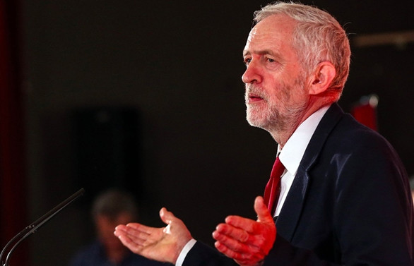 İngiltere'de Trump'a boykot