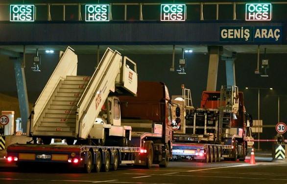 Tırlar İstanbul Havalimanı'na gelmeye başladı