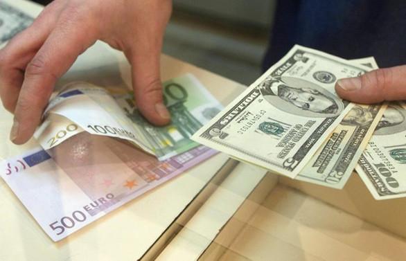 Dolar ve euro aşağı yönlü