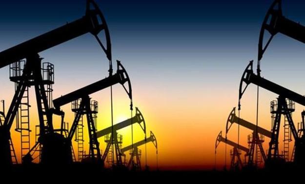 Putin, ABD'nin petrol üretim yöntemini eleştirdi