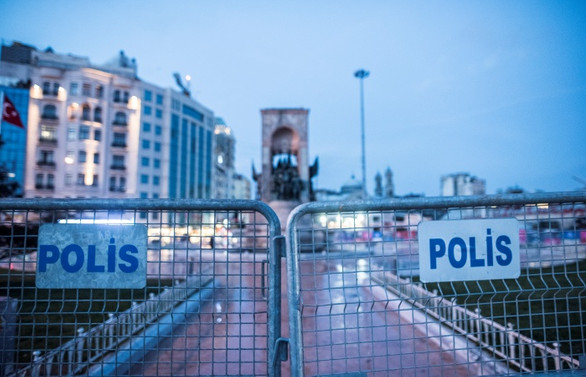 Taksim Meydanı'na girişlere izin verilmiyor