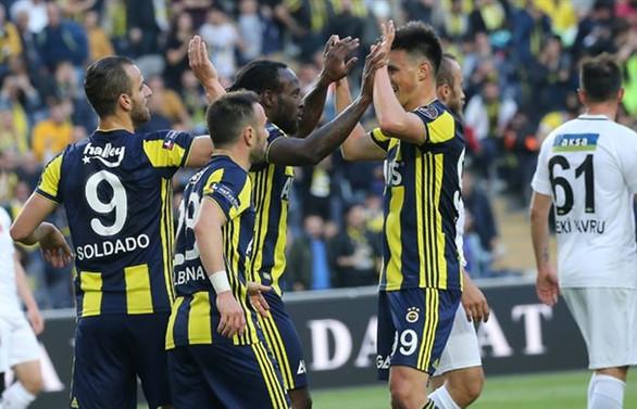 Fenerbahçe rahatladı, Akhisar küme düştü