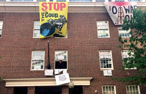 Venezuela: Büyükelçiliği Türkiye korusun