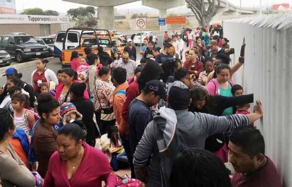Trump, Meksikalı göçmenler için 4,5 milyar dolar istedi