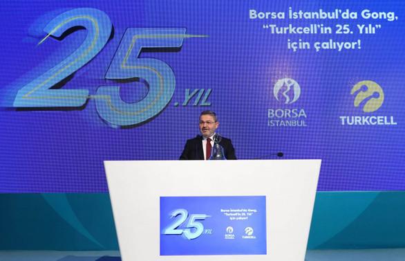 25. yılına yüzde 19,2 büyümeyle başlayan Turkcell 2019 için hedef büyüttü