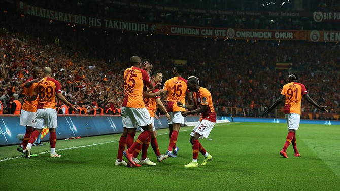 Galatasaray, liderlik koltuğuna oturdu