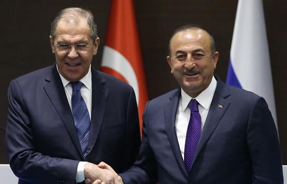 Bakan Çavuşoğlu, Rus mevkidaşı ile görüştü