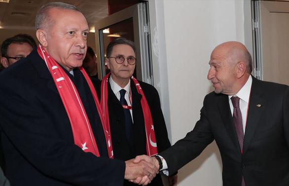 Cumhurbaşkanı Erdoğan, TFF Başkanı Özdemir ile görüştü