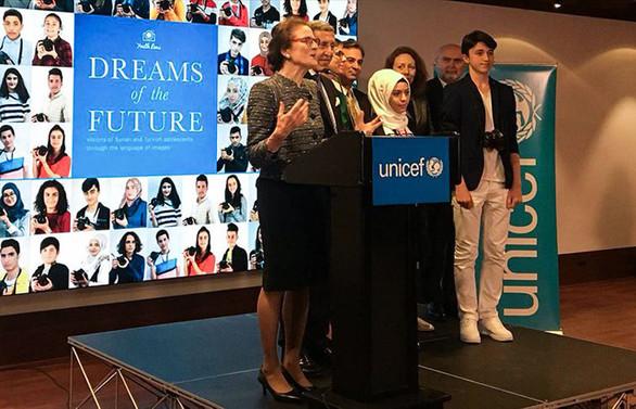 Türk ve Suriyeli gençlerin 'Gelecek Rüyaları' UNICEF'te sergileniyor