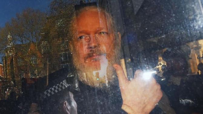 Assange'nin iade davası gelecek yıl görülecek