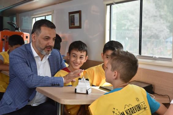 'Bilim Karavanı' Bursa'da