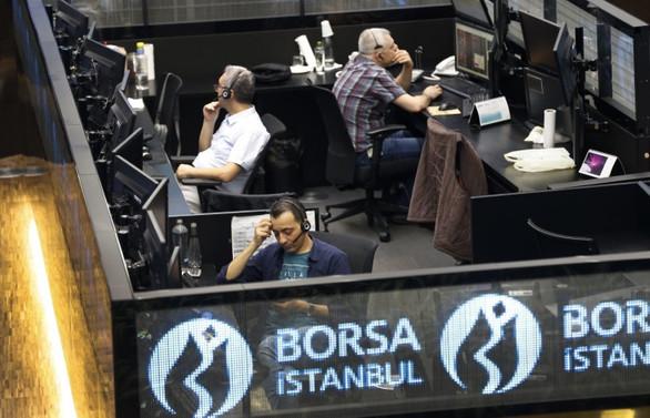 Borsa, günün ilk yarısında yüzde 0,62 yükseldi