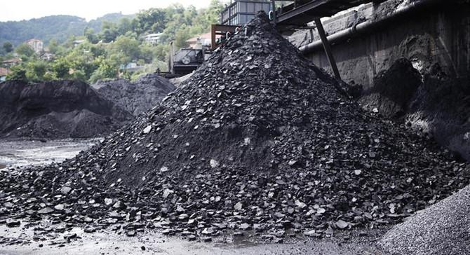 Nisanda en fazla üretim ve teslimat linyit kömüründe