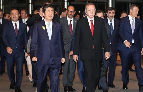 Cumhurbaşkanı Erdoğan Japonya Başbakanı Abe ile bir araya geldi