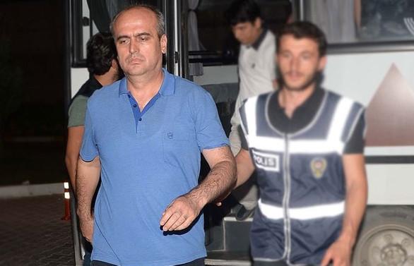 'Balyoz davası' hakimine hapis cezası