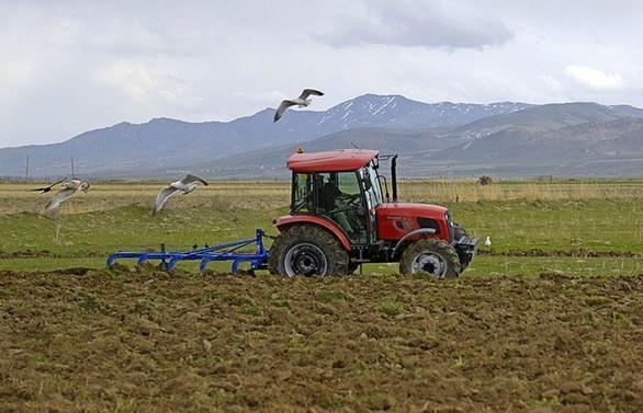 Üniversite mezunu genç çiftçiye 100 bin lira hibe