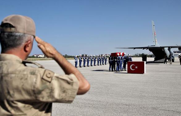 Van'da şehit asker için tören düzenlendi