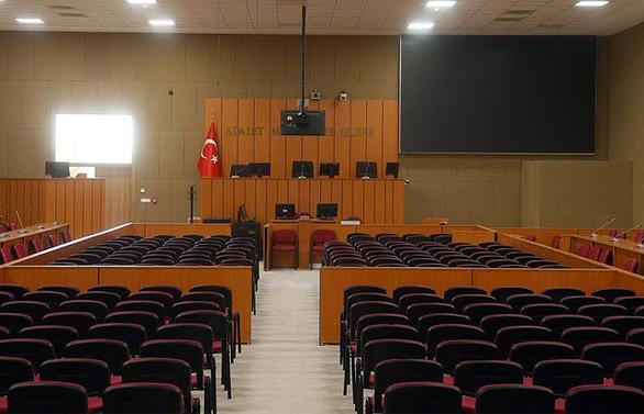 Eski Yargıtay Üyesine 8 yıl 9 ay hapis cezası