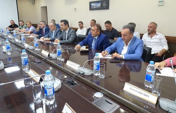 Trabzonlu yapı ve inşaatçılar, Rusya'ya çıkarma yaptı