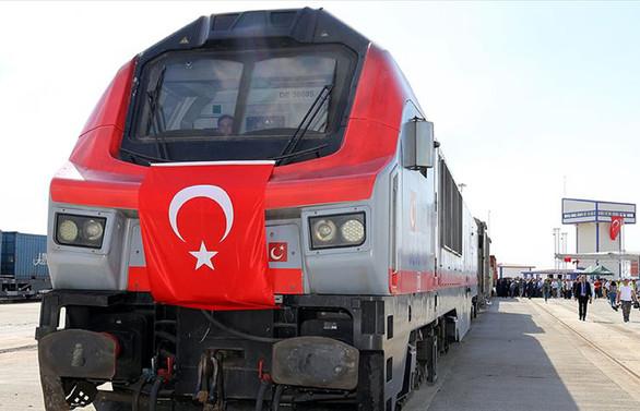 Demir yollarına yatırımın meyvesi: Yük trenleri
