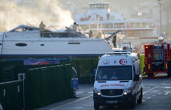 Bakırköy'de ve Pendik'te yatta yangın çıktı