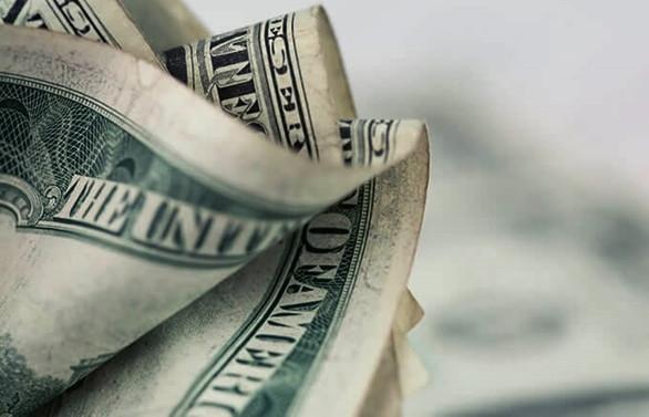 Dolar/TL 5.65'in altını gördü