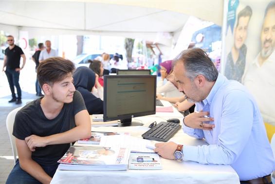 Üniversite adaylarının tercihi Bursa Büyükşehir Belediyesi