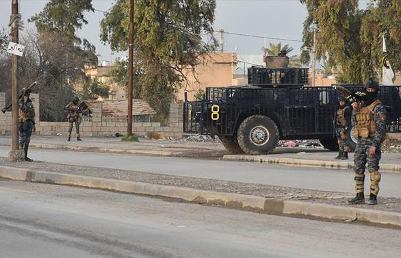 Irak'ta DEAŞ'lı teröristler petrol kuyularına saldırdı