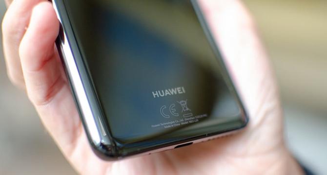 ABD'nin yaptırımlarına rağmen Huawei gelirlerini yüzde 23,2 artırdı