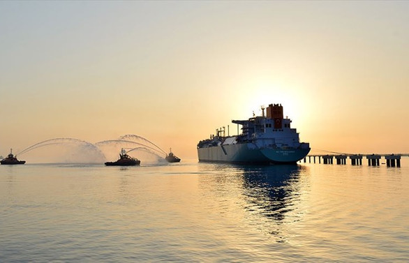 Yeni yüzer doğal gaz terminali İzmir'e demirleyecek